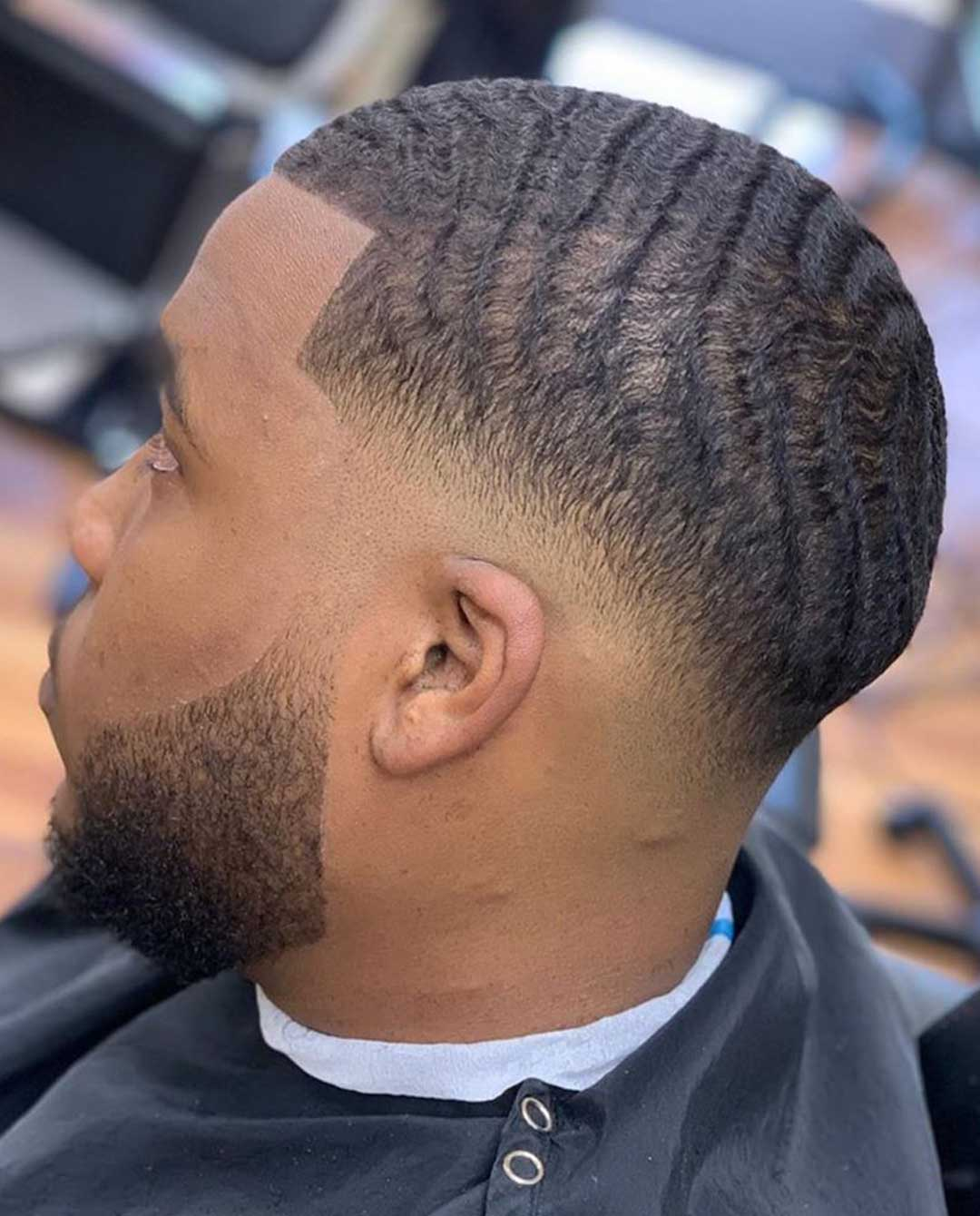 Skin Fade 360 Waves Haircut